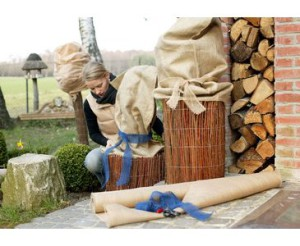 Jetzt bei bambus-discount.com - Winterschutz Jutesack Natur online bestellen