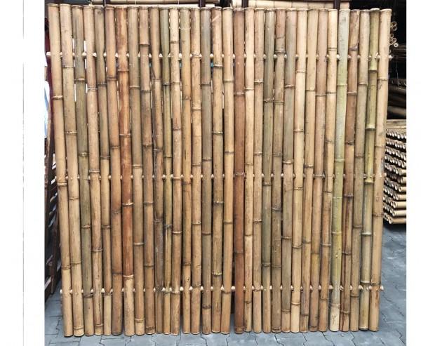 Bambuselement hitzebehandelt 180x180cm starr mit Rohren von 4- 6cm als B-Ware
