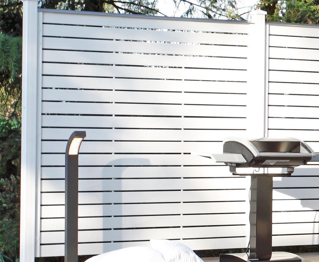 Design Sichtschutz Aus Kunststoff Weiss 180x180 Hier Bestellen
