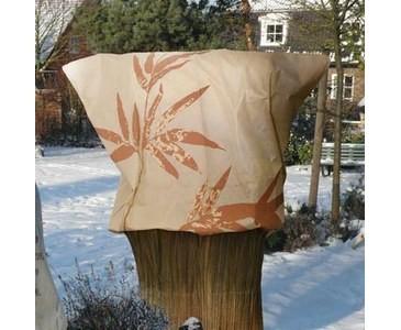 Kalteschutz-fur-Pflanzen-mit-Bambus-MotivkIlUfim5dXPEl