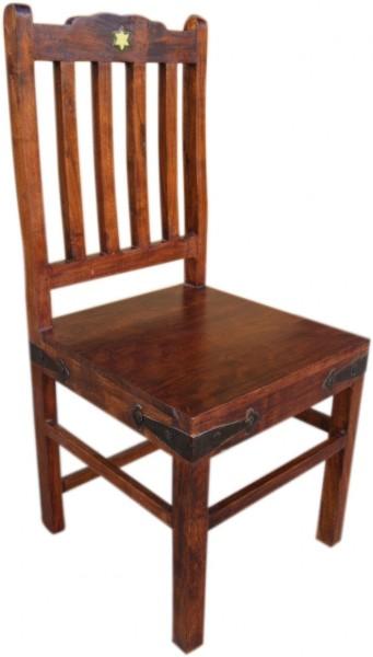 Stuhl im Kolonialstil dunkel mit Rückenlehne und Karamik