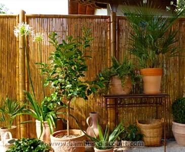 Sichtschutzzaun-Bambus-geschlossen